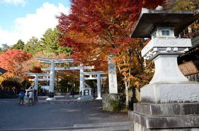 三峰神社_2012-11-10_02_.JPG