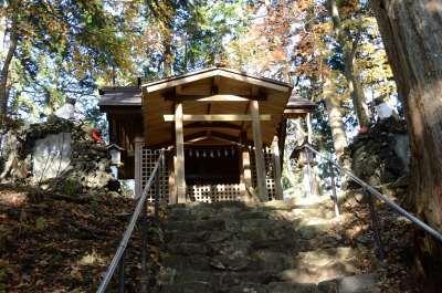 三峰神社_2012-11-10_10_.JPG